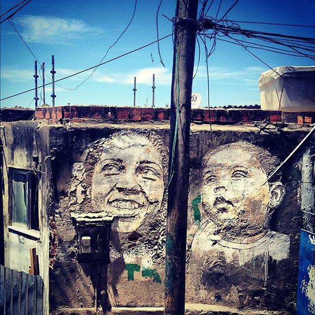 VHILS-Madre e hijo en Providencia