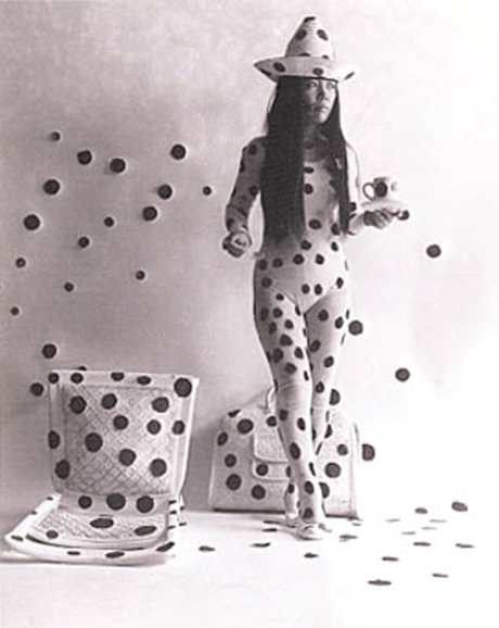 RTS_THE_RETROSPECTIVE_OF_ARTIST_YAYOI_KUSAMA_AT_TATE_MODERN_LONDON_FROM_9th_FEBRUARY_UNTIL_5th_JUNE_2012_AND_ANNOUNCES_UNIQUE_NEW_BOND_STREET_MAISON_EXHIBIT04