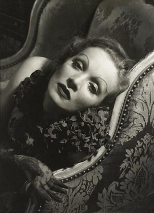 marlene dietrich 1934 c edward steichen conde nast publications-archive_TopCarousselPortrait