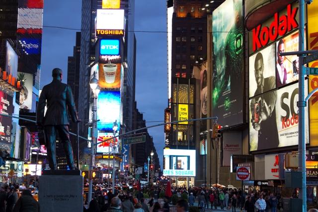 ny-2011-e28093-times-square-1
